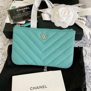 NWT Chanel Mini O Case 19S Card Holder